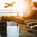 飛行機遅延で乗り継ぎ不可!振替可能?補償や荷物はどうなる?元スタッフが解説!